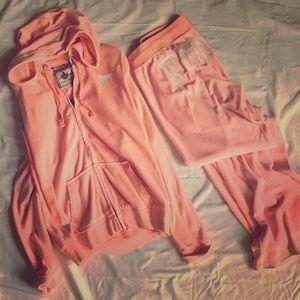PINK Victoria's Secret VELVET jogger set